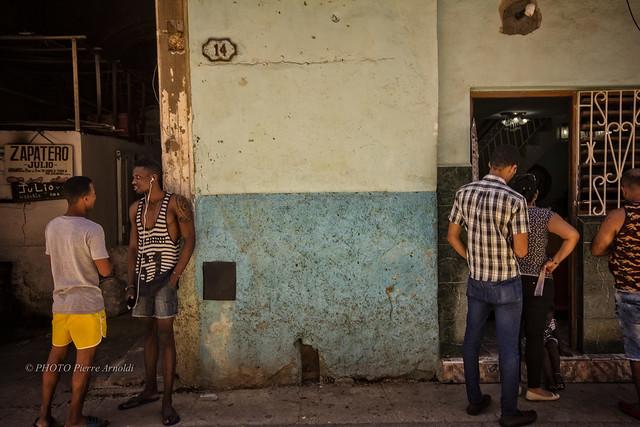 LA HAVANE : SCÈNE DE RUE