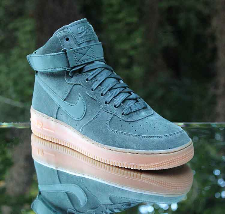 Nike Air Force 1 High 07 LV8 Suede Vintage Green AA1118 30