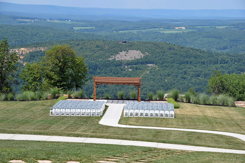 venue wedding chairs view vista bluemountainresort