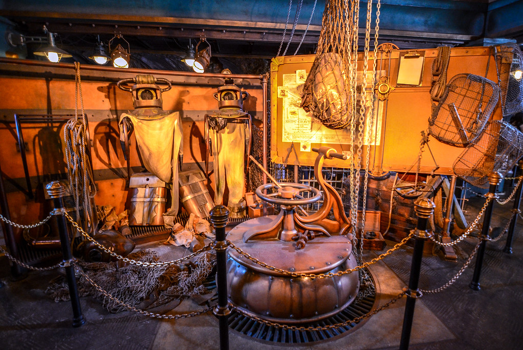 20,000 Leagues queue equipment TDS