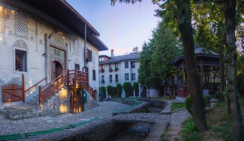 mosque travnik bosnia architecture