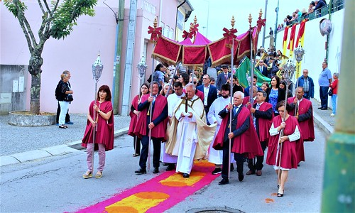 Festas em Honra a Sr.ª Auxiliadora, Stª Bárbara e São Vicente