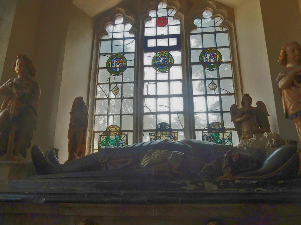 One of the Harts Lullingstone Church, Shoreham figure of 8