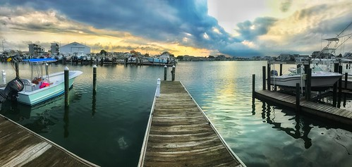 """atlanticbeach""ncboatdockbaysunset"