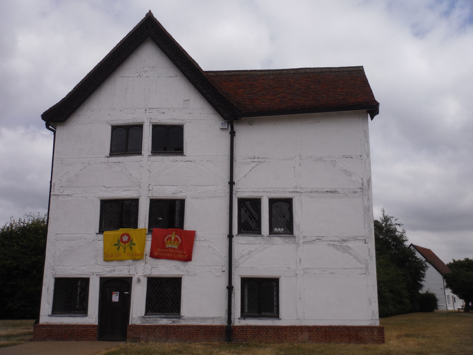 Queen Elizabeth's Hunting Lodge, Chingford SWC Walk 259 - Epping Forest Centenary Walk: Manor Park to Epping
