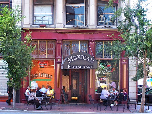 louisville ky kentucky mexican restaurant nrhp main street historic district onasill los aztecs downtown finest 1997 quesadillas burritos tacos fajitas temales lunch diner catering patio cast iron store frong stain glass windowcanopy view people watching west w