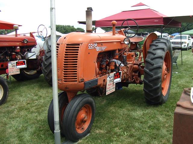 1950 Cockshutt type 40 (Coop E4) tractor