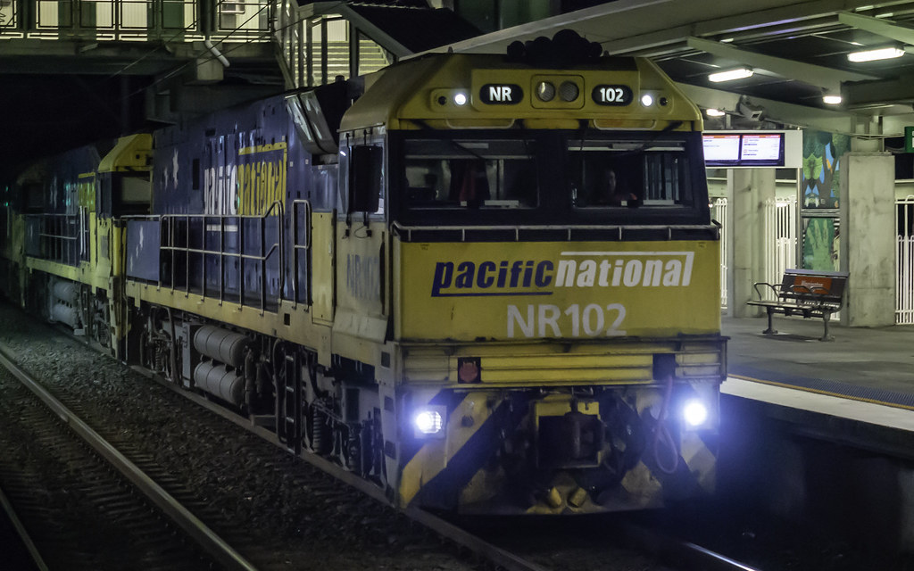 Pacific National loco NR102, plus others, as 3YN8 by Paul Leader - Paulie's Time Off Photography