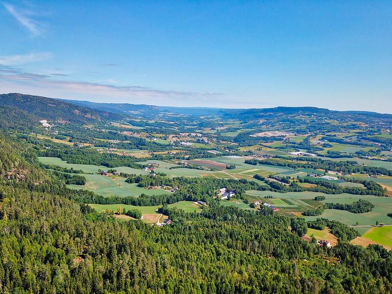 06-Utsikt opp Lierdalen fra Grindene (drone)