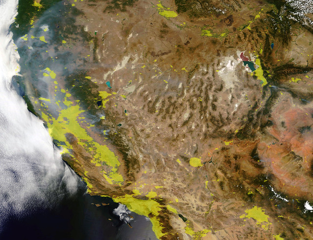 Fires and City Lights in the Western United States, 7 August 2018