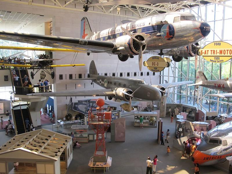 Boeing Model 247D 1