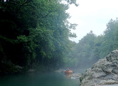 Plimbare pe râu | by Dumby