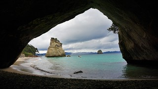 Cathedral Cove | by Jose Luiz Gonzalez