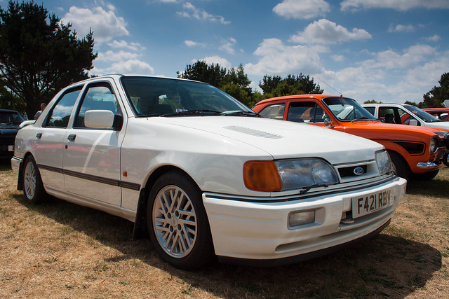 Ford Sierra RS Cosworth Saphire
