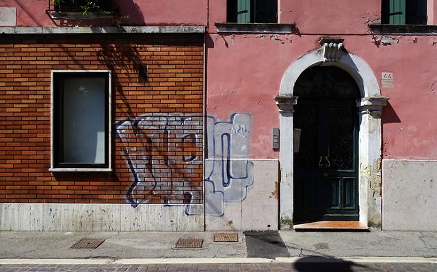 Rovigo, Via X Luglio 44