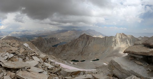 1633 We see virga from another storm safely off to our north from the John Muir Trail on Mount Whitney | by _JFR_