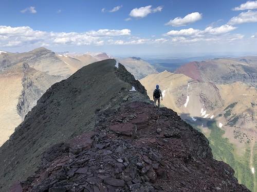 hiking montana mountains