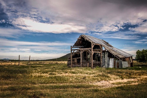 solemn d850 forgotten landscape farm serious creepy quiet barn colorful abandoned beatty oregon unitedstates us