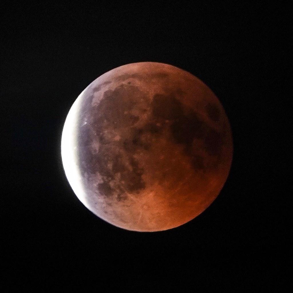 Mondfinsternis mit Sony RX10M4 600mm | Kai | Flickr