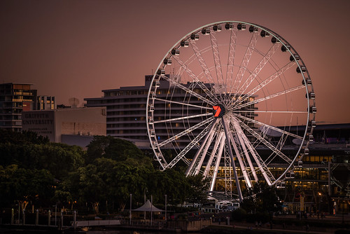 riesenrad dämmerung sonnenuntergang abend fluss australien nikon d810 ferris wheel dawn sundown night australia river 150mm