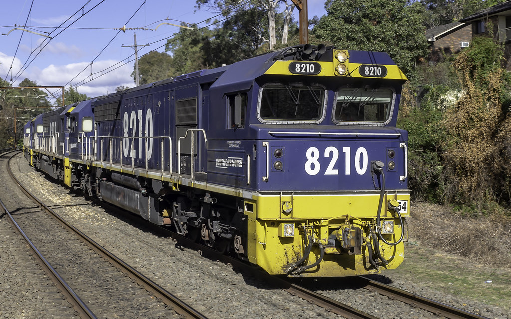 Pacific National loco's 8210-8218-8201-8216 as CA96 on the UP through Lapstone NSW 07-08-2018