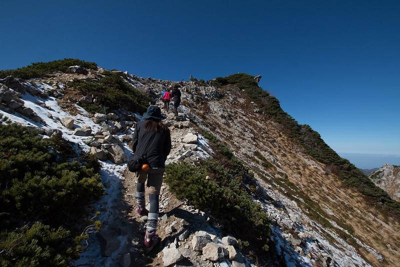 唐松岳の頂上へ