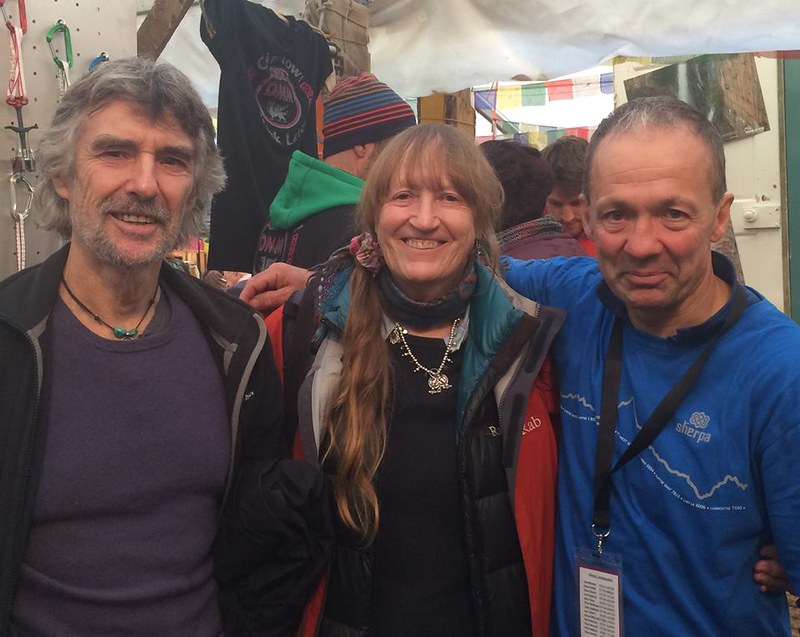 The Festival is an opportunity to make new friends and meet with meet old ones. Here are Tony Howard and Di Taylor from Troll.