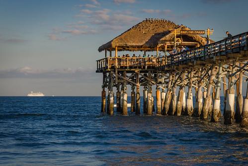 rikkitikitavern cocoabeach pier ocean