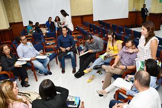 """Evento especial para Graduados UDES: """"Descubre la importancia de la Acreditación Institucional"""""""