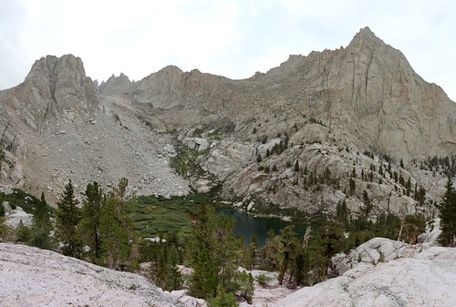 1810 Thor Peak rises above Mirror Lake from the Mount Whitney Trail | by _JFR_