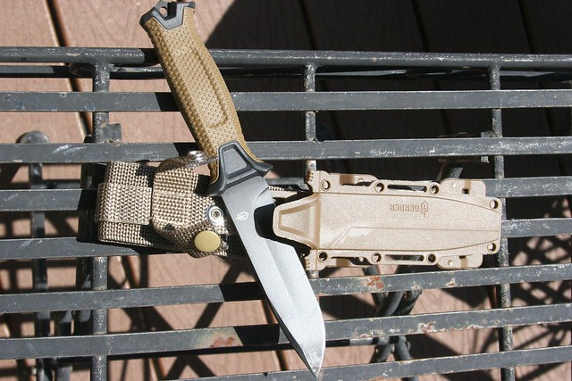 Gerber StrongArm Survival Knife with Sheath