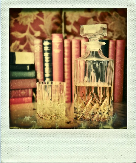 Time for a drink and a good book - it's 5 o'clock  somewhere !