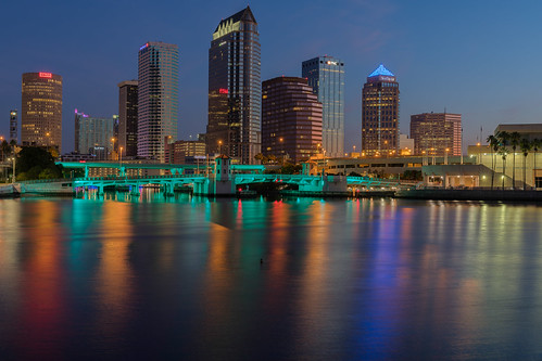florida plattstreetbridge skyline tampa tampariverwalk unitedstates us