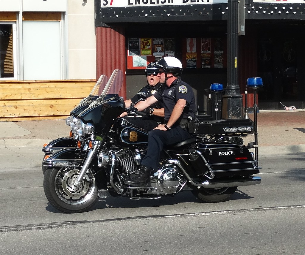 Harley Davidson Michigan >> Eastpointe Michigan Police Harley Davidson Motorcycles