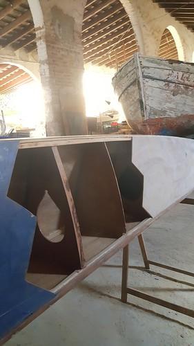 Detall de l'obertura lateral del casc