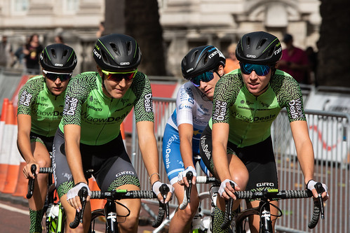 Waow Deals team recon including Dani Rowe and Marianne Vos | by adambowie