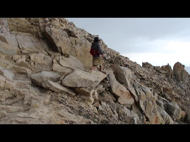 1684 Video of the hailstorm just getting started on the JMT south of Mount Whitney
