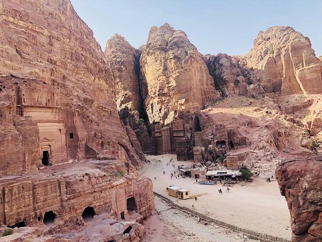 древен пустинен град