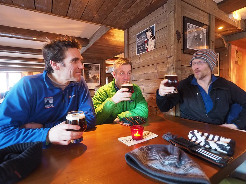 Aprés steep. L to R: Simon Christy, Jim Savege, Pete Barrass