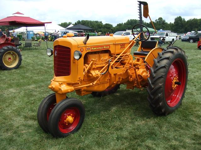 Minneapolis Moline type R tractor