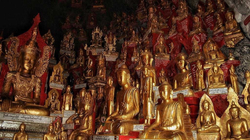 The 9000 Buddha cave