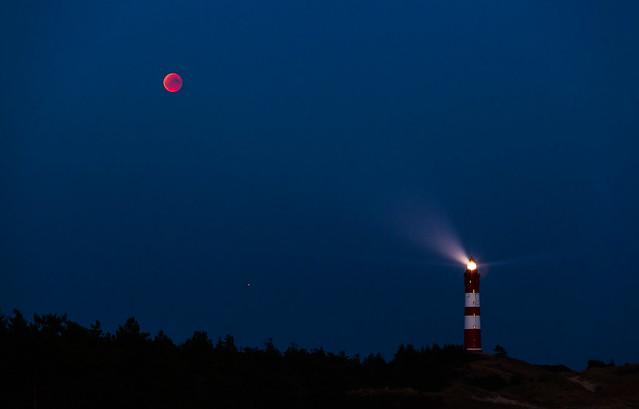 Mondfinsternis 2018 - Mond, Mars & Leuchtturm