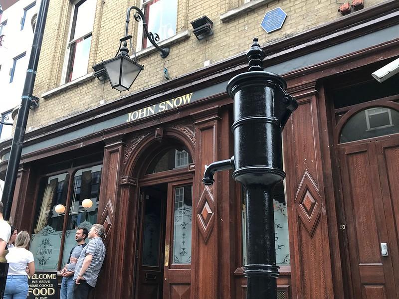 John Snow pub and pump