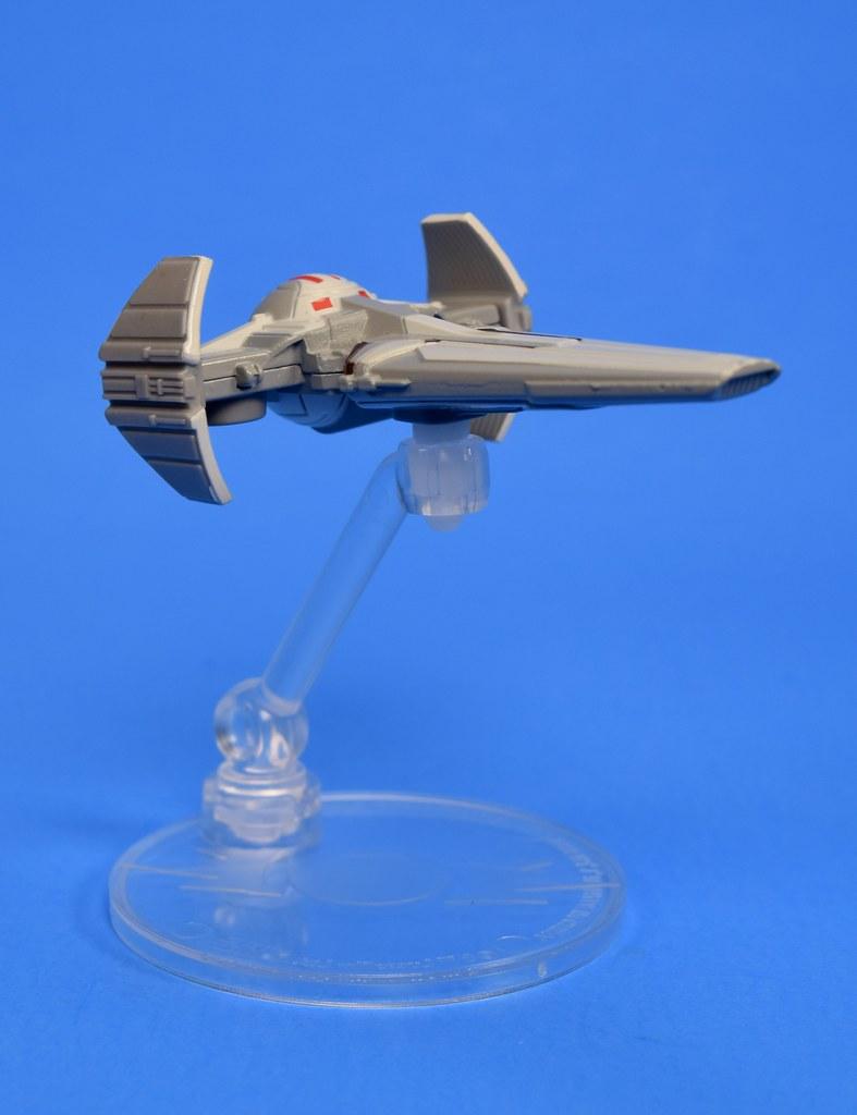 2020 Sith Infiltrator STAR WARS Die Cast Hot Wheels Starship