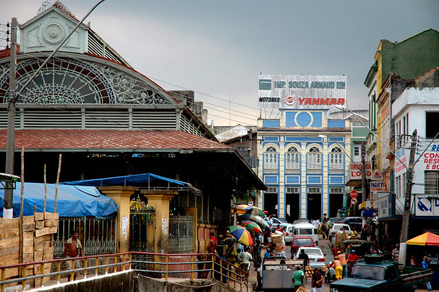 Fascinating life in the streets of Manaus