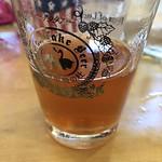 4杯目。 乾杯ビール 花結び ベゴニアを使ったサワーエール。 少しハイビスカスも入ってるらしい