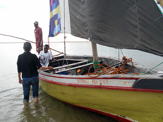 dhow gatti and crew | by ravelite
