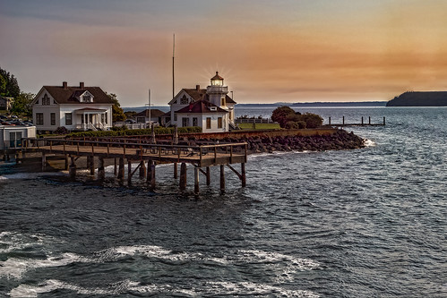 lighthouse light sunrise house seattle mukilteo art color