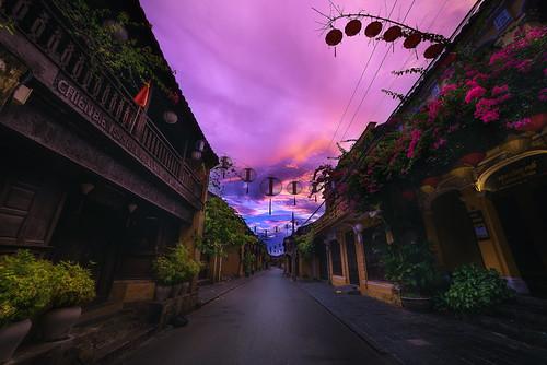 hoi an vietnam old town sunrise dawn streets quiet postcard peaceful tourism lantern dramatic sky first light street peterstewartfineartphotography