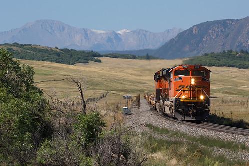 bnsf bnsf8501 emd sd70ace greenland colorado jointline pikespeak rampartrange greenlandopenspace train railroad sd70acep4